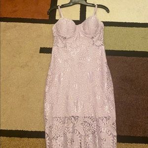 Like new Bebe mauve lace dress 6